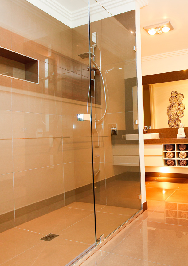 Framless Showerscreens